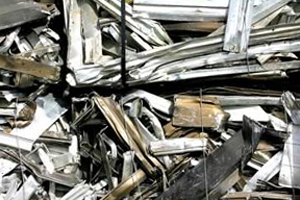 Aluminum Scrap Photo by thomashawk at http://www.flickr.com/photos/thomashawk/47602341/