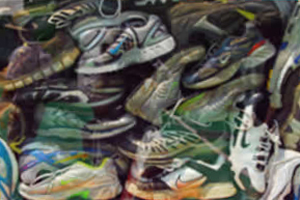 Athletic Shoes Picture By Don Hankins on Flckr original at http://www.flickr.com/photos/23905174@N00/2620250416/sizes/l/